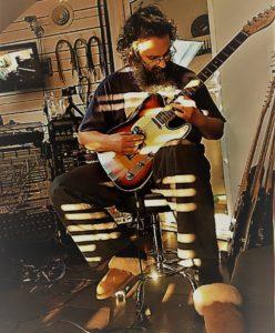 Ellamy Studios Andy Guitar Image